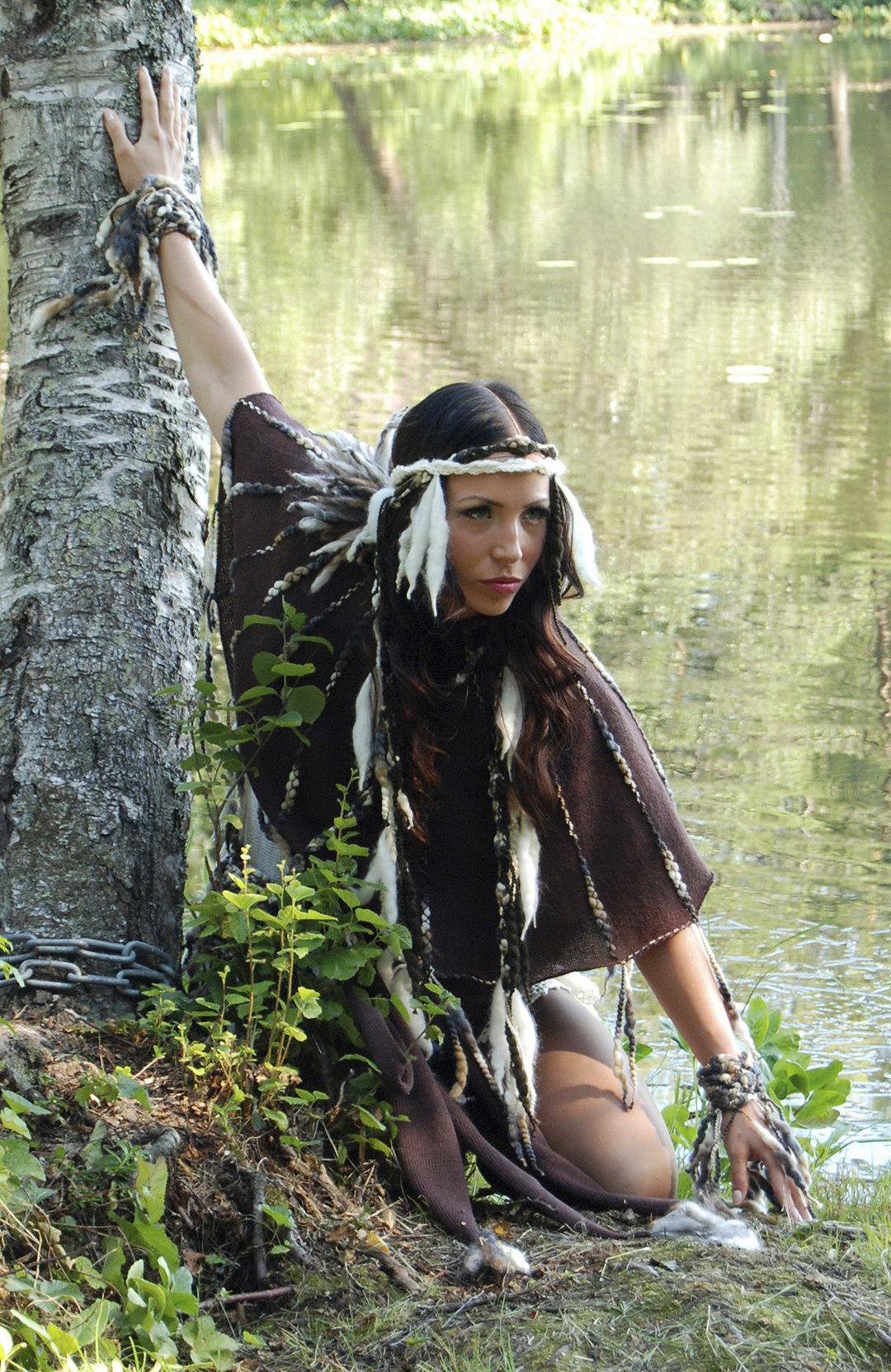Page 2 of Mai Niemi: Spiritual Fashion Trends