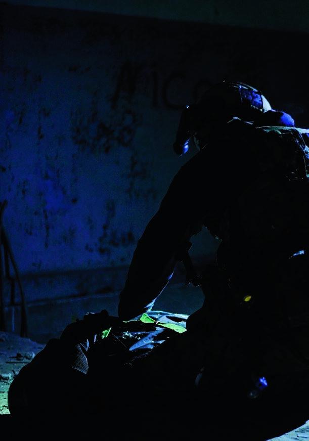 Page 40 of Inglid või kangelased? Erioperatsioonide väejuhatuse lugu 8. Afganistan: ühisrinne Talibani vastu
