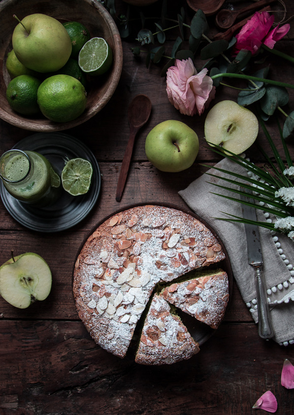 Page 24 of Spinach, Apples, Lime and Ginger Extract Juice Cake