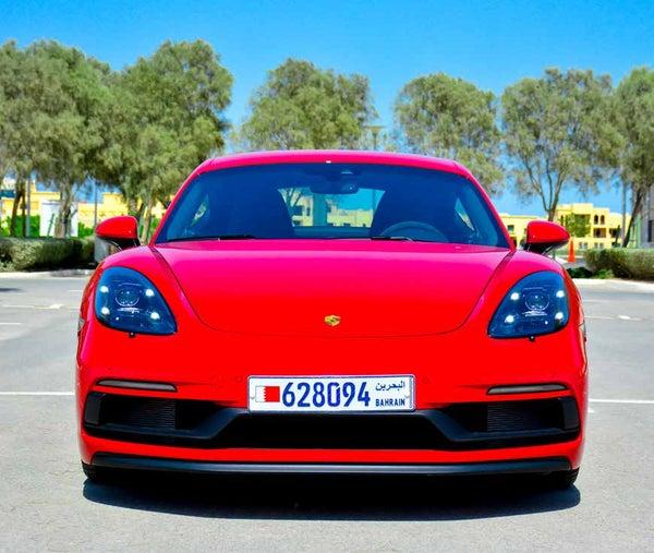 Read story: The 2018 Porsche Cayman 718 GTS