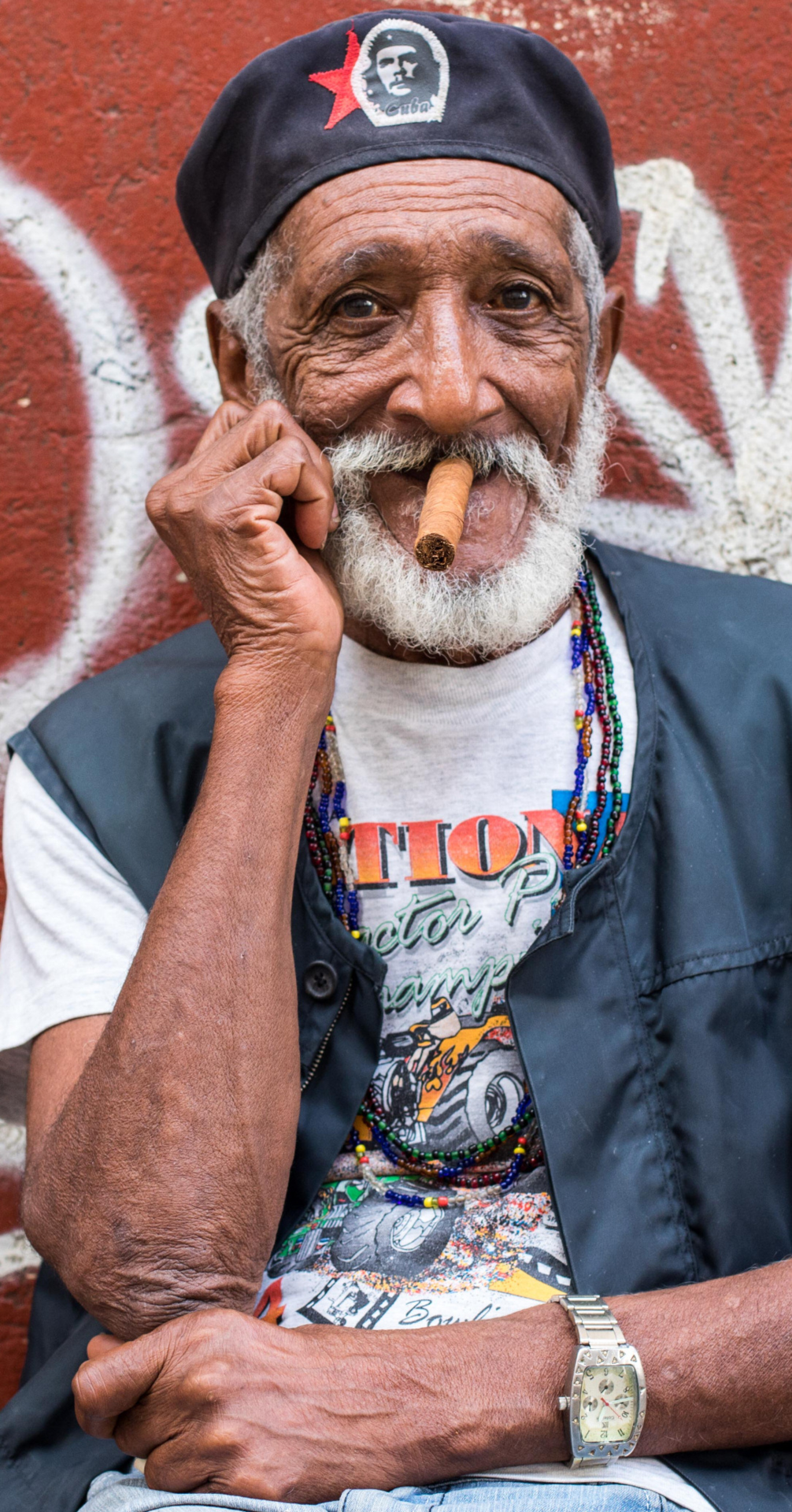 Page 114 of Photojournal:  Streets of Havana