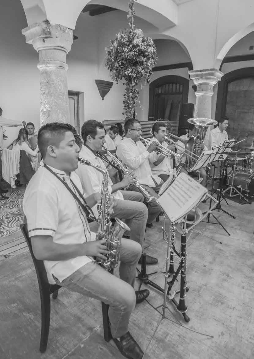 Page 16 of Abrevando tradiciones: Entrevista a Banda del Sur