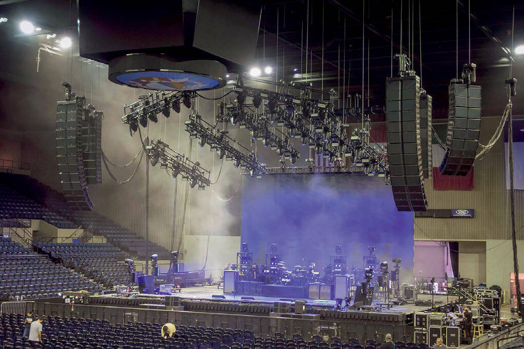 Page 16 of E-Acoustics K1 AND K2 RISES UP ON THE REVOLUTION 3 TOUR