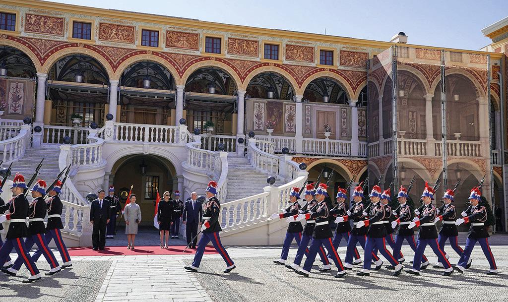Page 42 of Monaco-Cina: uno storico incontro