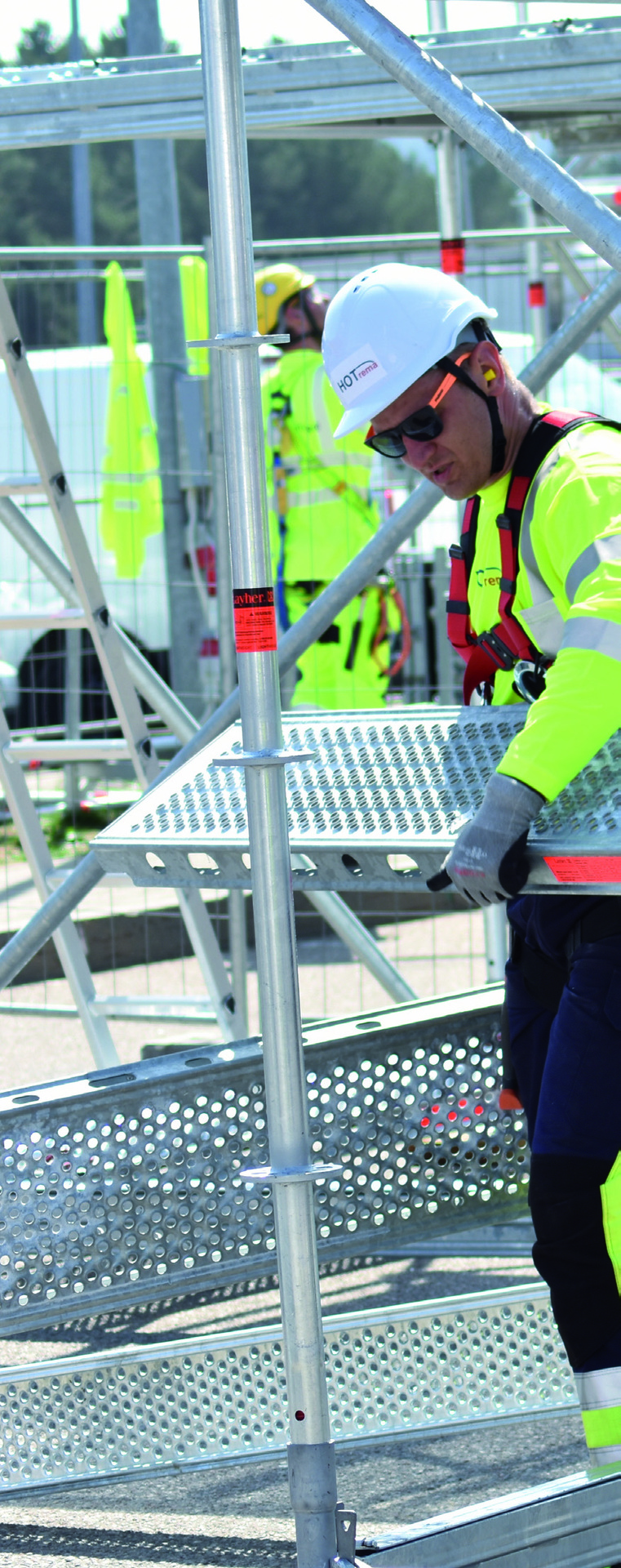 Page 8 of First International Scaffolding Championships
