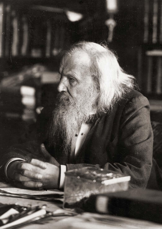 Page 4 of Mendeléyev y su fe en la ciencia