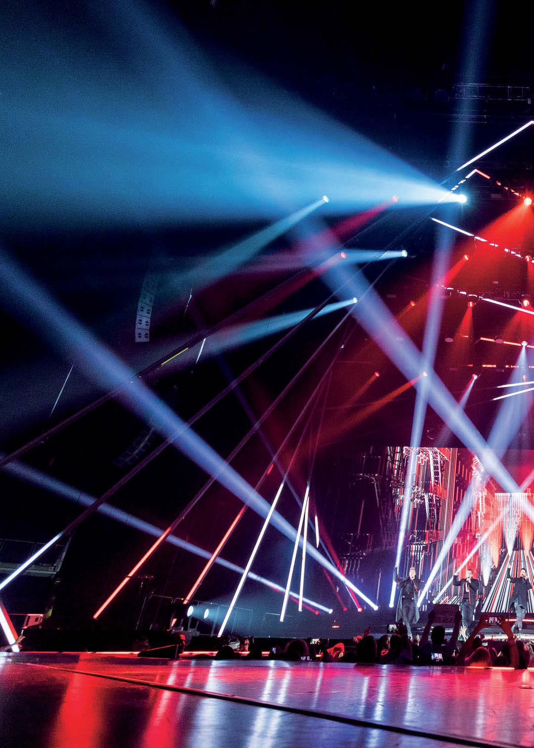 Page 32 of Backstreet Boys: DNA World Tour