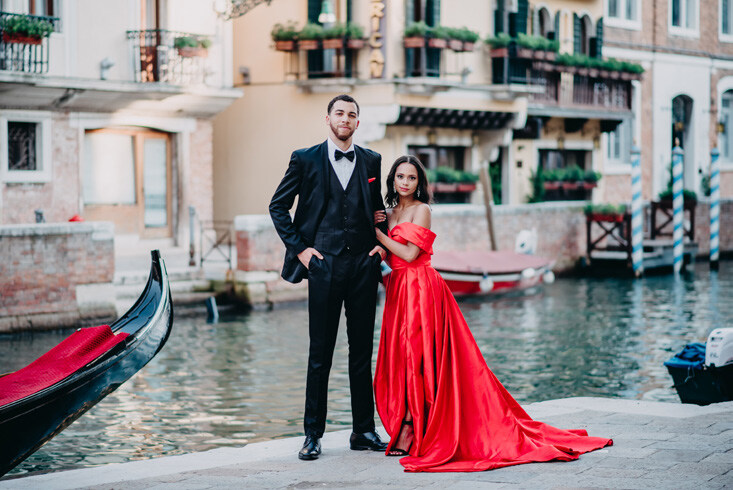 Page 88 of Venice Engagement Session: Anna + Grayson
