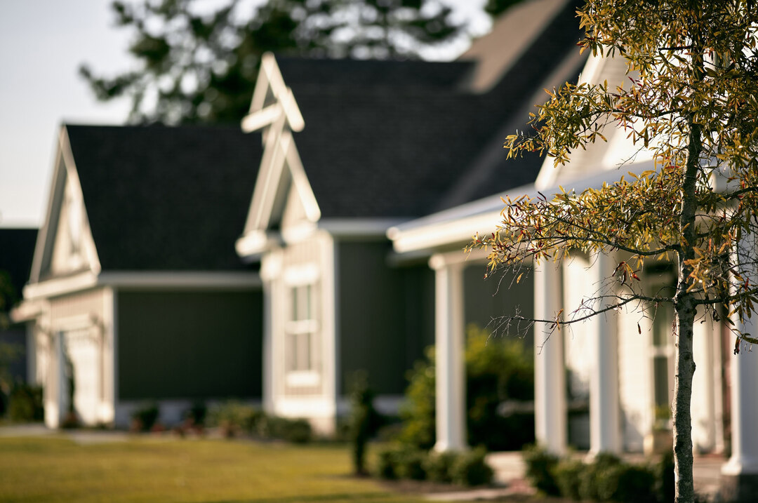 Page 10 of 4 Tips to Choosing the Right Community for Your New Home