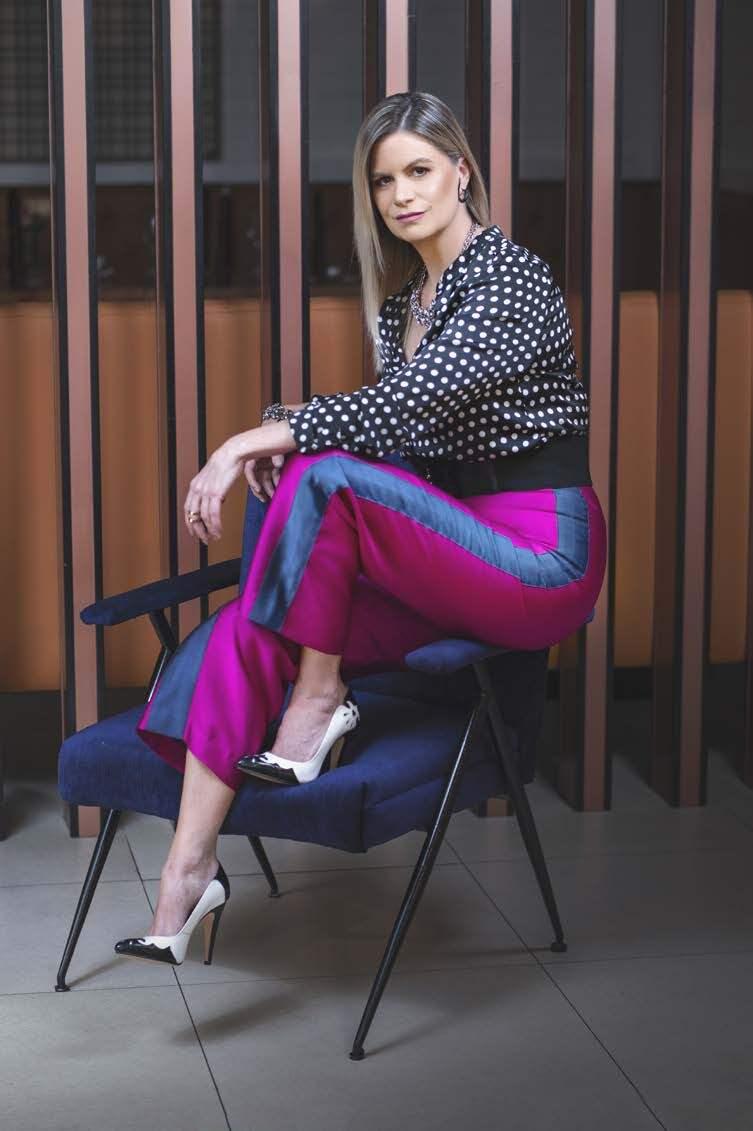 "Page 42 of Isabel Avilés, ""Fashion Insider"""