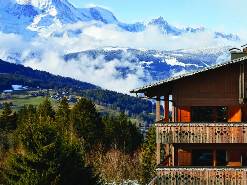 Page 16 of A Hotel at the Foot of the Slopes: Chalet Alpen Valley
