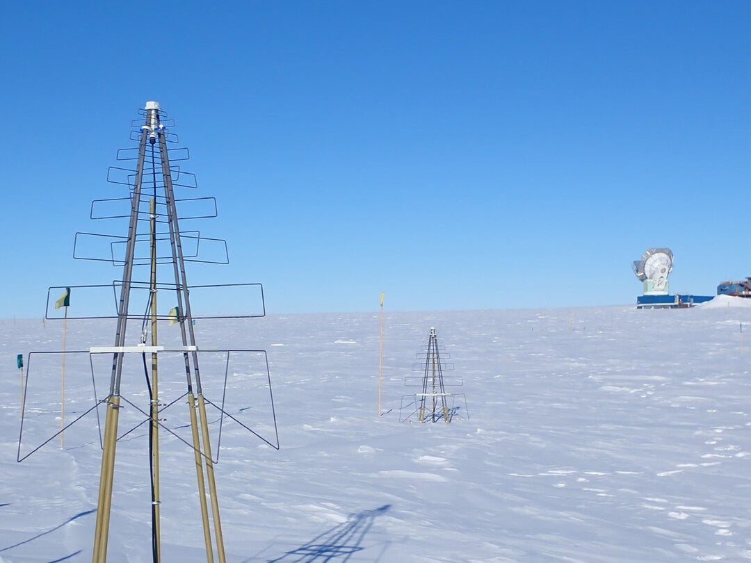 Page 5 of Cambridge SKALA antenna becomes part of South Pole observatory