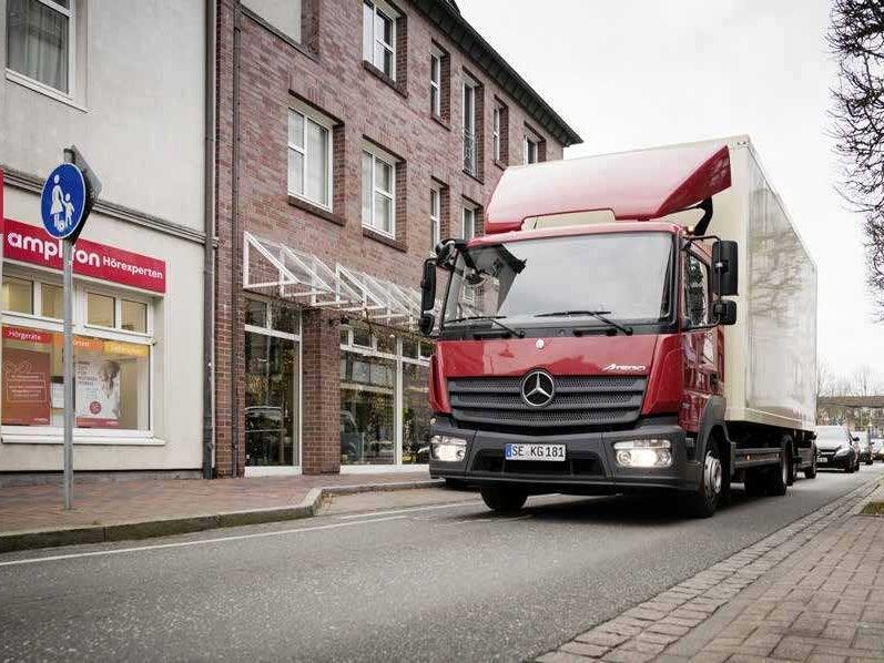 Page 54 of Φορτηγά Αστικών Διανομών: Mercedes-Benz Atego