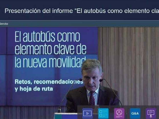 """Page 18 of """"El autobús como elemento clave de la nueva movilidad"""" Informe CONFEBUS- KPMG"""