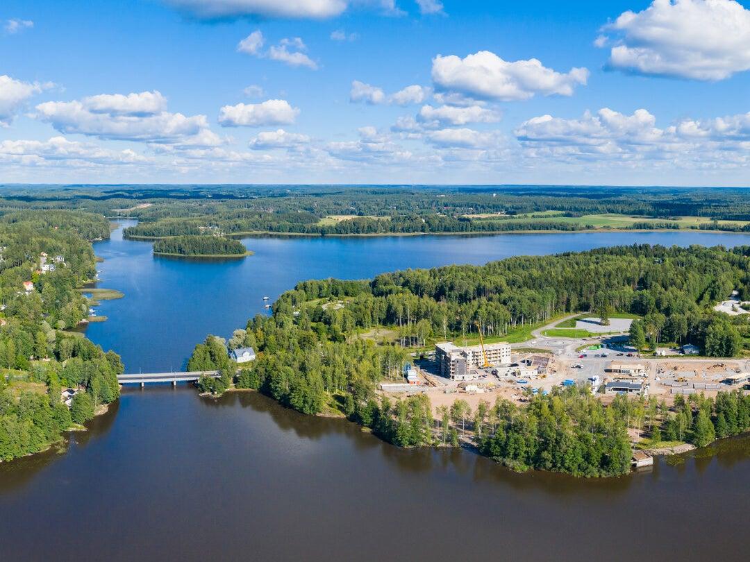 Page 5 of Hiidensalmi esittelee messuvieraille järvikaupungin lumoa